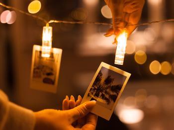 LED-Lichterkette mit Photoklammern